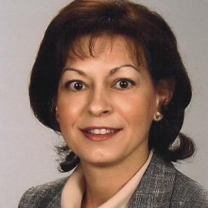 Dr. József Erika